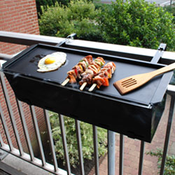 Balcony BBQ griddle