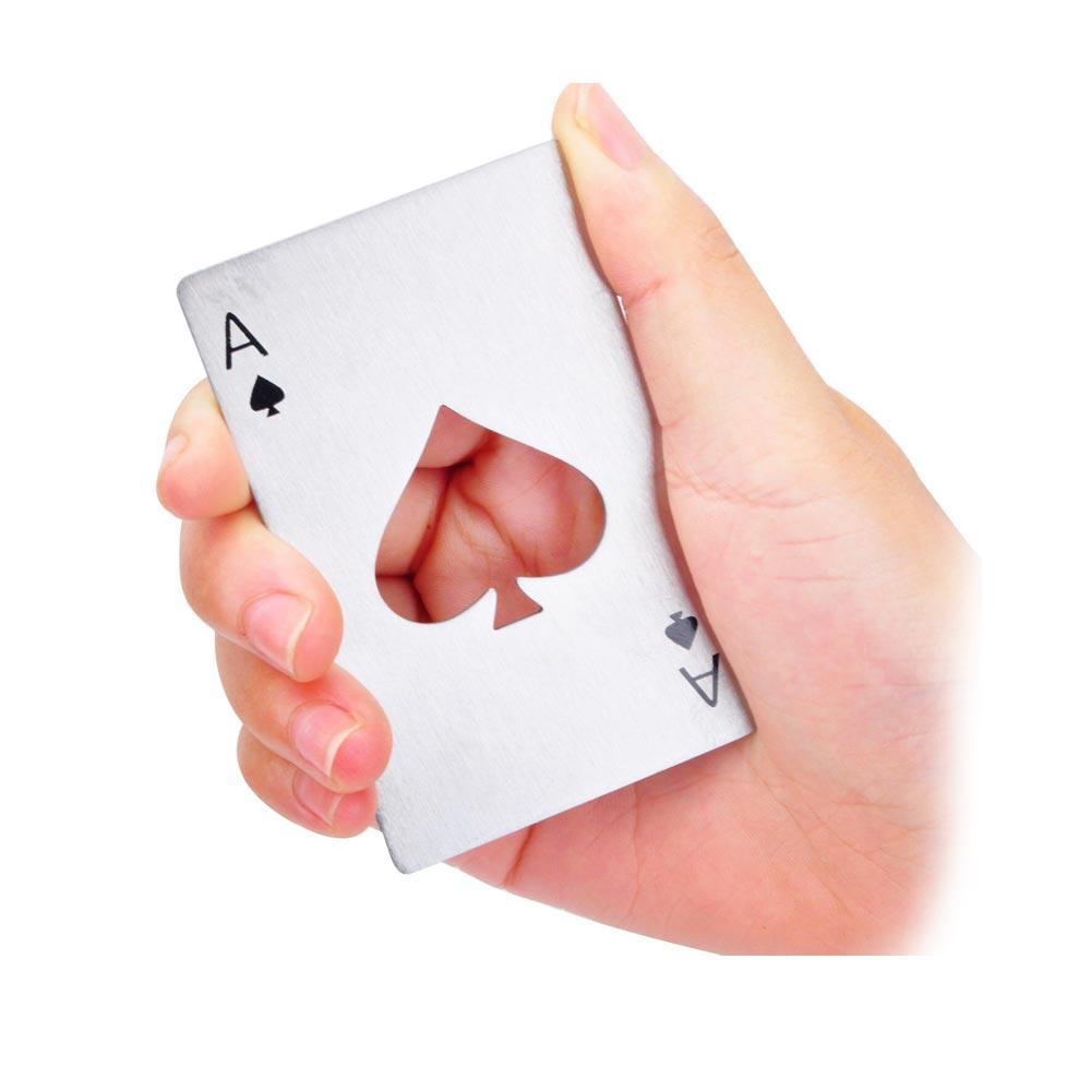 Flesopener in vorm van schoppenaas speelkaart, voor de echte casino liefhebbers