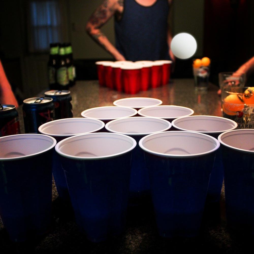Bier Pong Set | Megagadgets