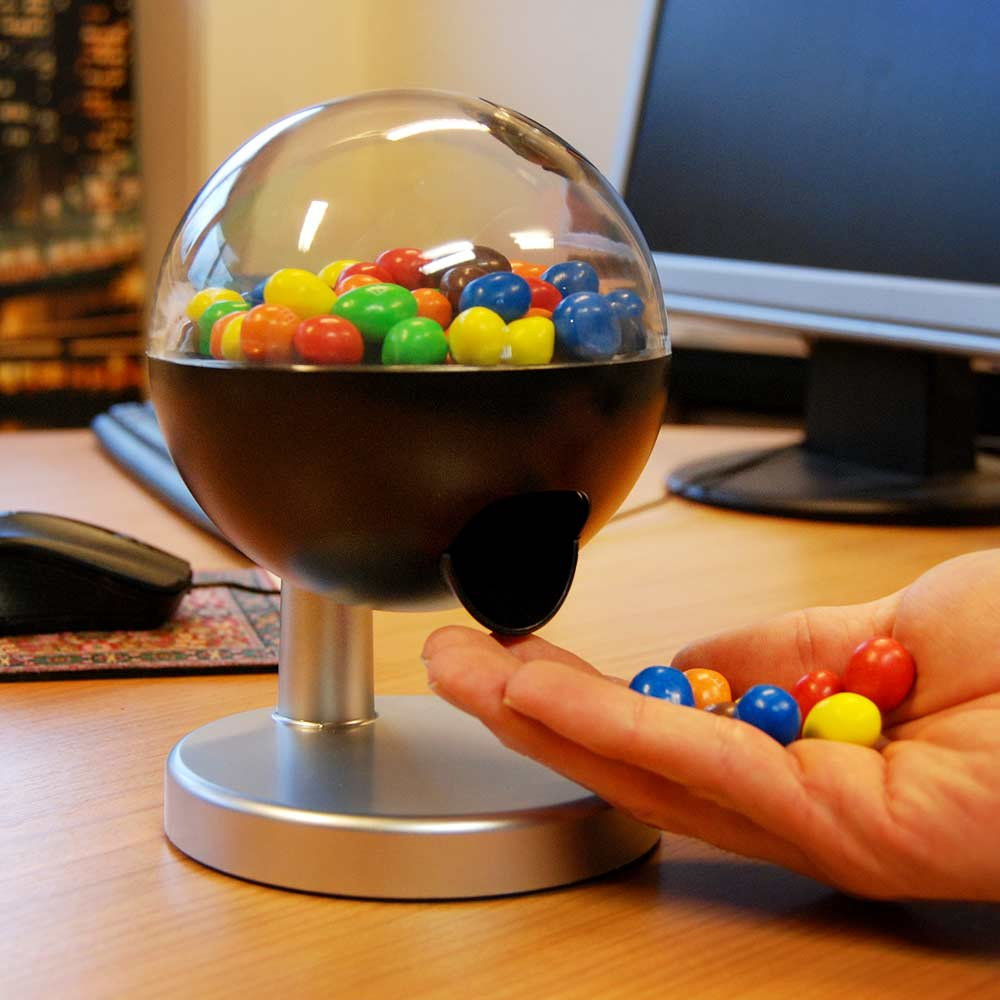 Candy Dispenser met touch sensor