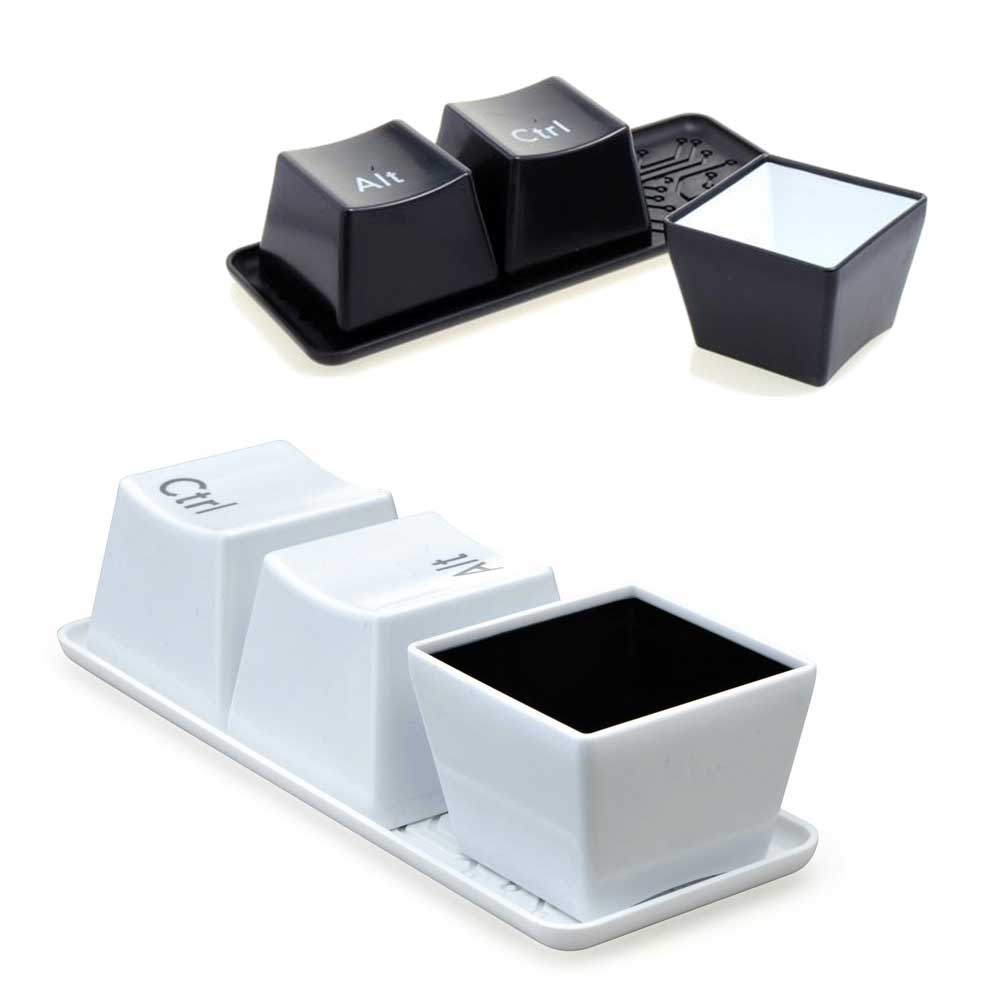 3 keyboard kommetjes met CTRL, ALT & DEl
