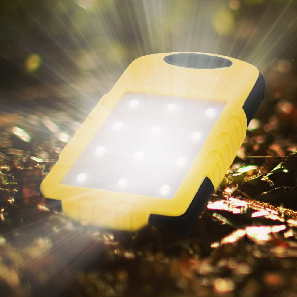 LED Solar charger 5000 mAh | MegaGadgets