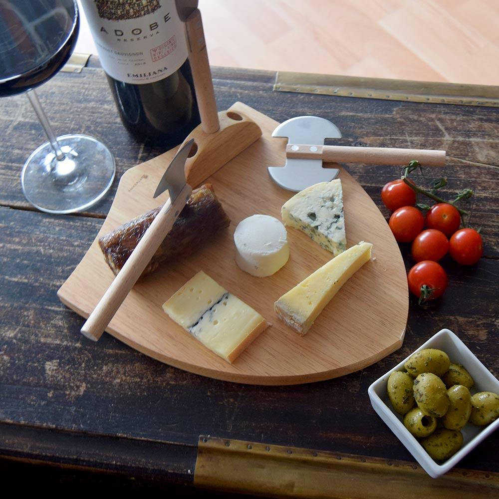Medieval Cheese Board | MegaGadgets