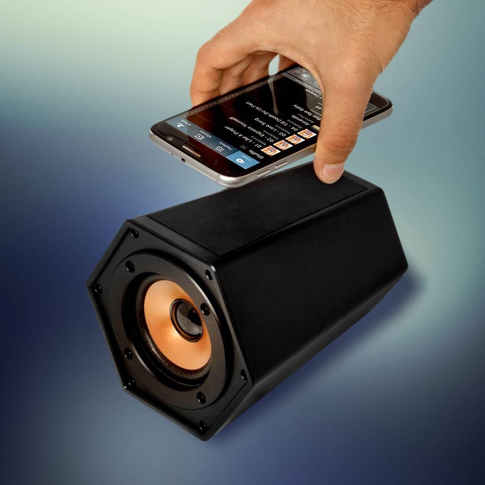 Mega Boombox Touchspeaker | MegaGadgets