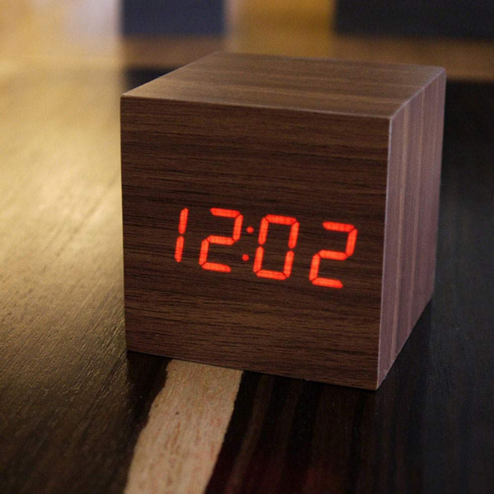 mini wooden clock | Megagadgets.nl
