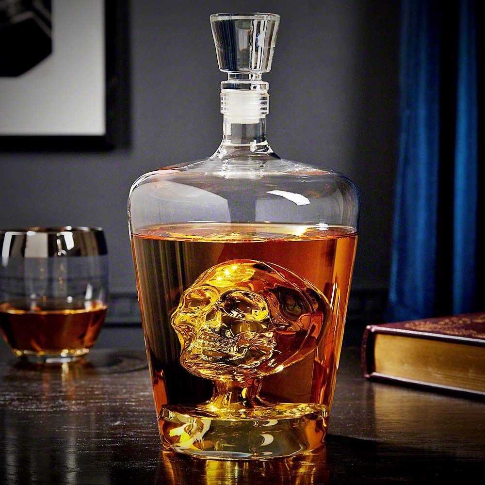 Skull Decanter | MegaGadgets