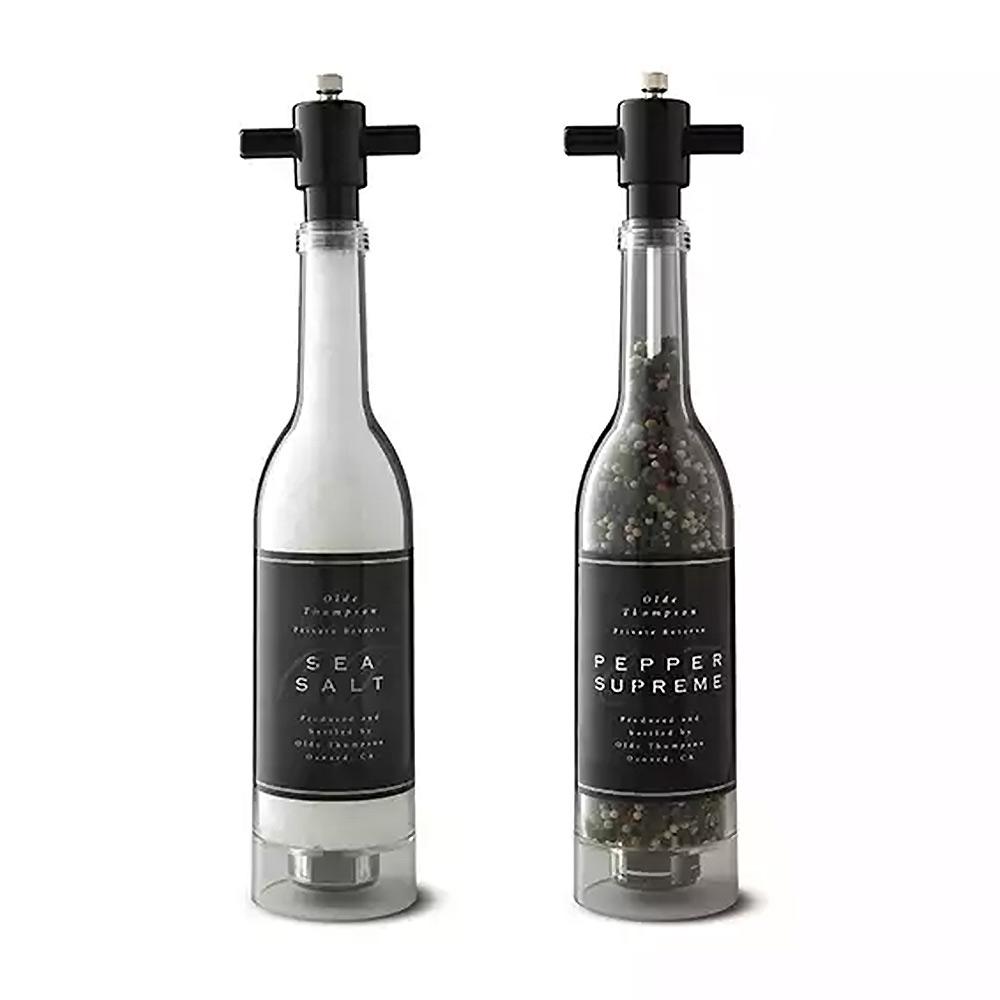 Een zeer unieke wijnfles pepermolen
