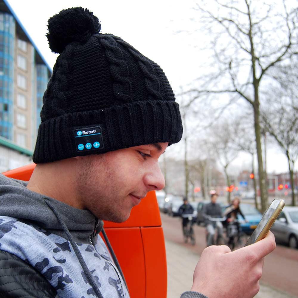 Wollen Bluetooth Muts | MegaGadgets.nl