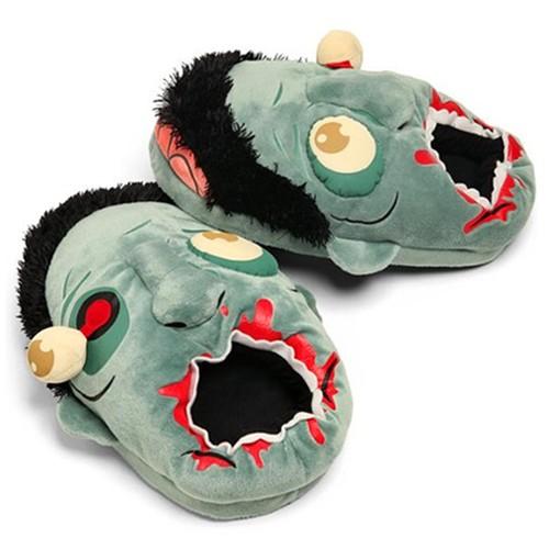 Zombie sloffen voor warme voeten tijdens een angstaanjagende filmavond